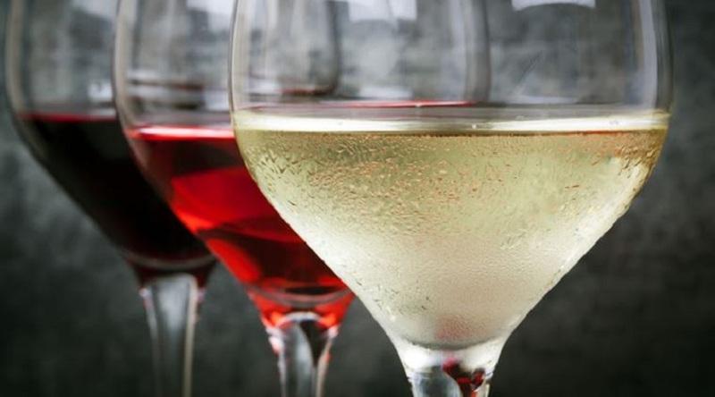 Anggur Putih Tingkatkan Risiko Kanker Kulit Melanoma