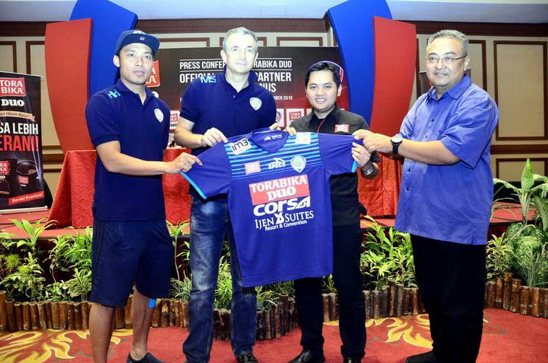 Arema saat memperkenalkan sponsor baru. (Foto: Hari Istiawan/OKezone)