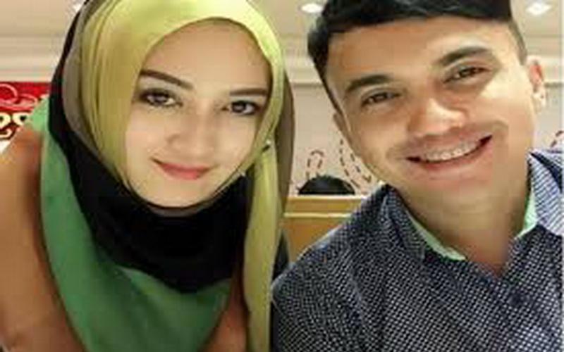 Sahrul Gunawan dan Indriani Hadi (Foto: Okezone)