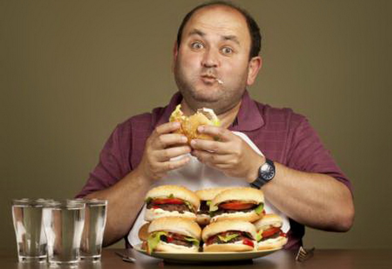 7 Alasan Selalu Ingin Makan meski Perut Tidak Lapar