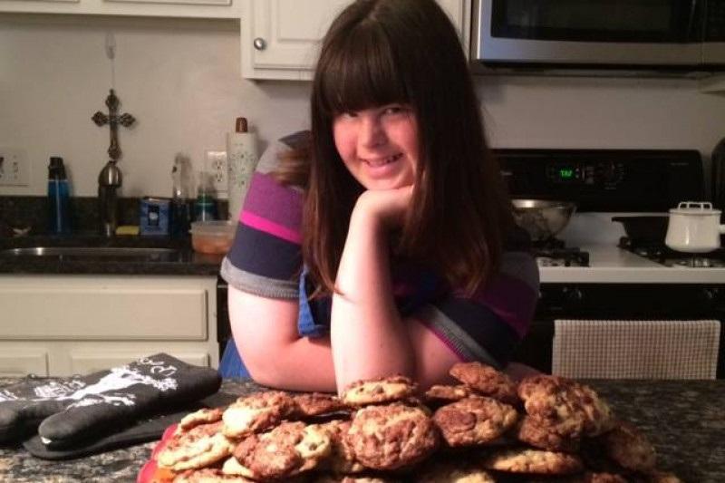 Sering Ditolak Jadi Karyawan, Gadis Down Syndrome Jutru Jadi Pengusaha Kue Sukses