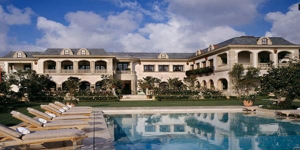 \TERPOPULER: Mansion Milik Ayah Gigi Hadid Dijual Rp1,14 Triliun\