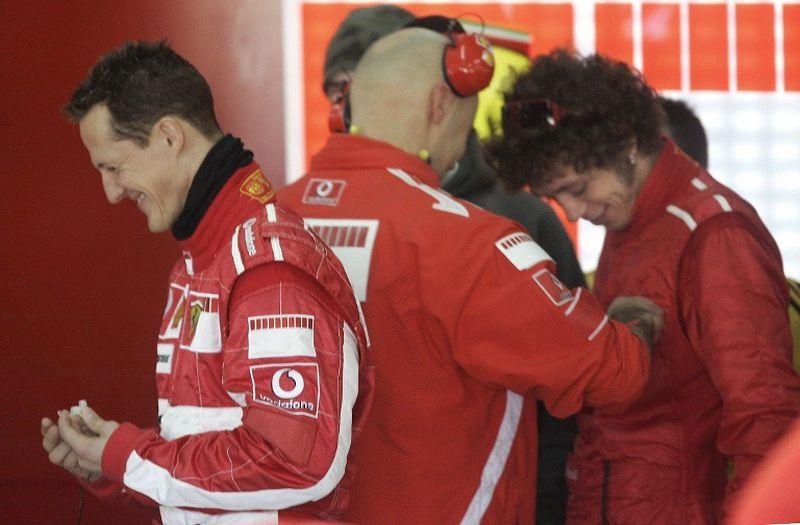 Michael Schumacher dan Valentino Rossi