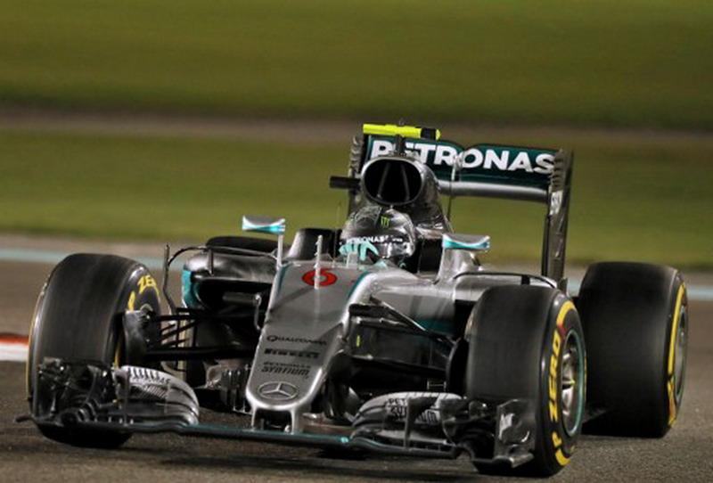 Mercedes Umumkan Tanggal Peluncuran Mobil F1 2017 (Foto: Karim Sahib/AFP)