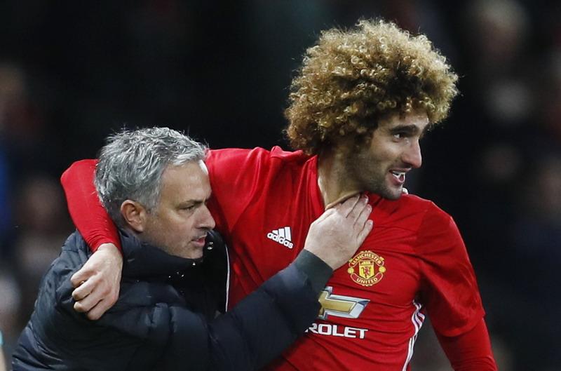 Fellaini pemain penting di mata Mourinho. (Foto: REUTERS/Jason Cairnduff)