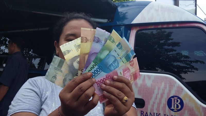 \Uang Rupiah Baru Diperkenalkan ke Wisatawan Mancanegara\