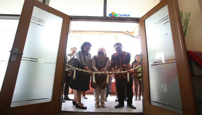 \MNC Securities Resmikan Galeri Investasi di Surabaya\