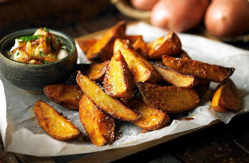Resep Potato Wedges untuk Camilan Sore, Gampang Buatnya!