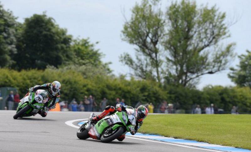 Sirkuit Donington Park yang lebih sering digunakan sebagai ajang balap motor (Foto: Andrew Yates/AFP)