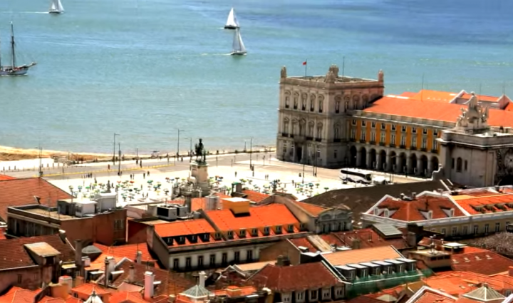 Portugal Punya Budaya Melankolis yang Unik