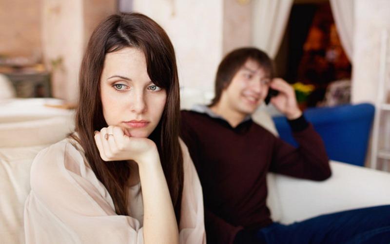 Istri Cerdik Begini Cara Menghadapi Suami Pemalas