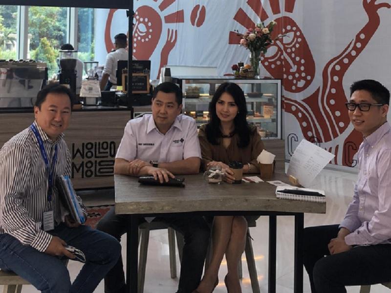 Coffee Time Hary Tanoesoedibjo dan Liliana di Woolloo Mooloo