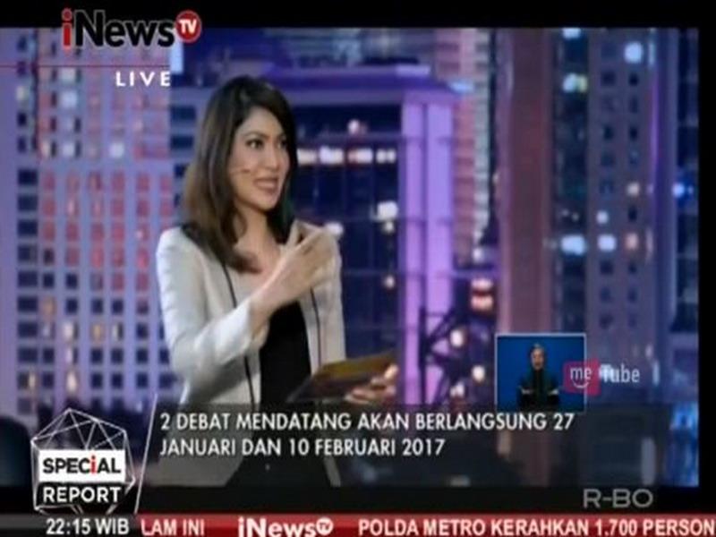 Mencuri Gaya Outfit Ira Koesno di Panggung Debat Cagub DKI Jakarta