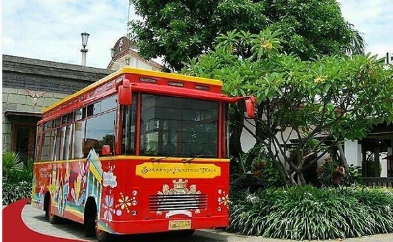 Gratis, Keliling Kota Surabaya dengan Menumpang Bis Wisata yang Lucu