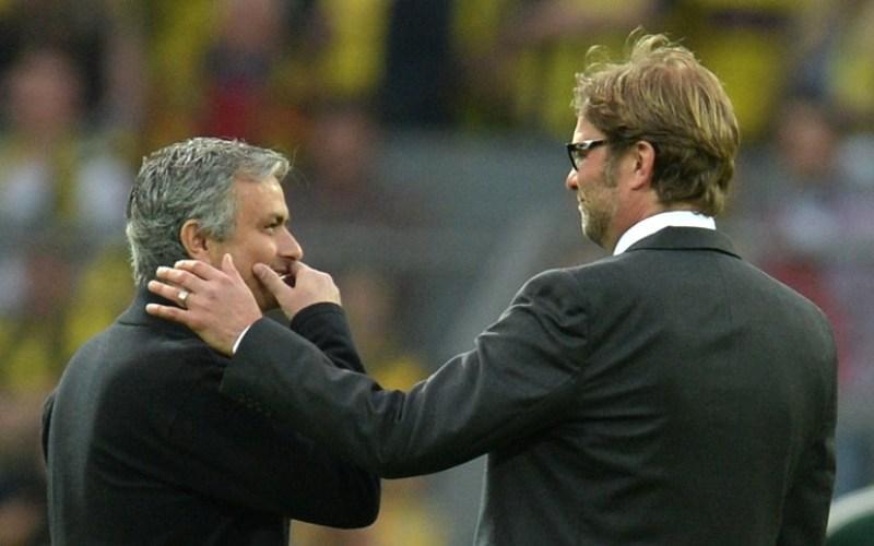Jose Mourinho (Kiri) dan Jurgen Klopp (Foto: AFP)