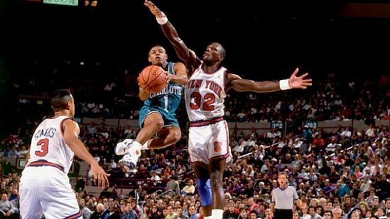 Tyron Curtis pemain terpendek dalam sejarah NBA. (Foto: Tentik.com)