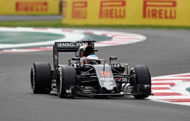 Pembalap McLaren Honda, Fernando Alonso (Foto: AFP / Alfredo Estrella)