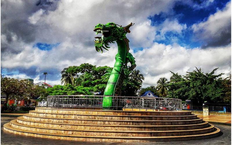 Sejarah Patung Naga yang Jadi Simbol Kota Bau-Bau