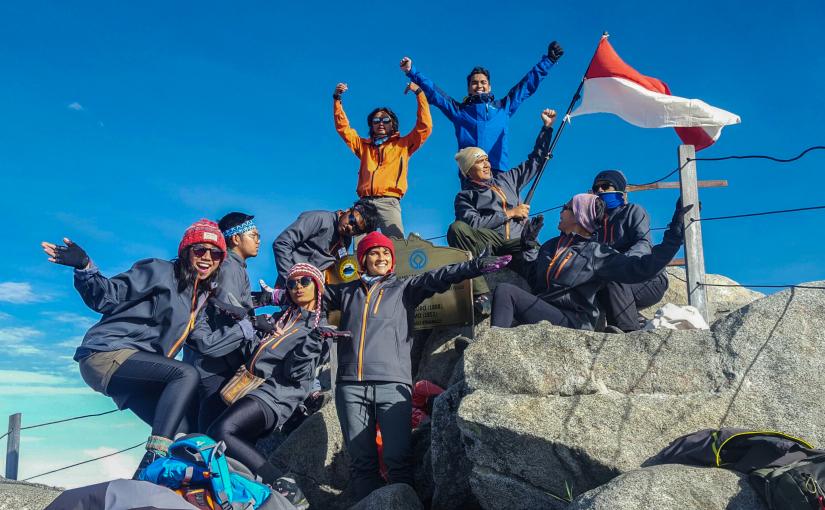 TOP TRAVEL: Tips Persiapan Mendaki Gunung Kinabalu, Puncak Tertinggi Borneo