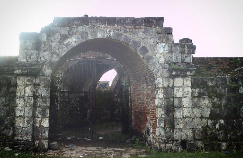 Mengenal Keraton Surosowan yang Jadi Benteng Pertahanan Banten