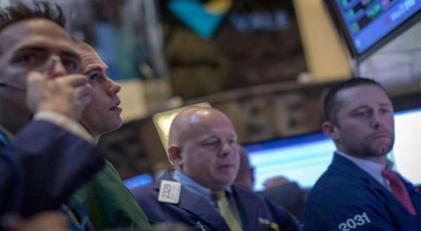 \Wall Street Dibuka Melemah Tak Mendapat Tenaga Tambahan   \