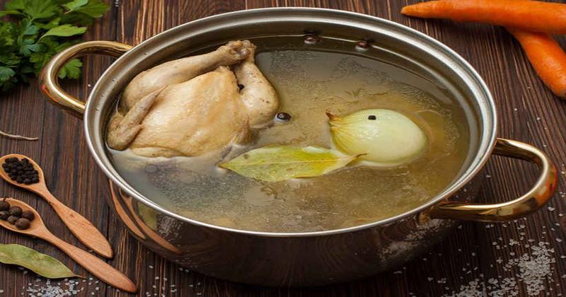 Tips Memasak Kaldu Sup yang Lezat dan Tidak Amis