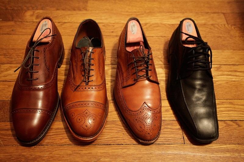 Image result for sepatu kulit yang benar
