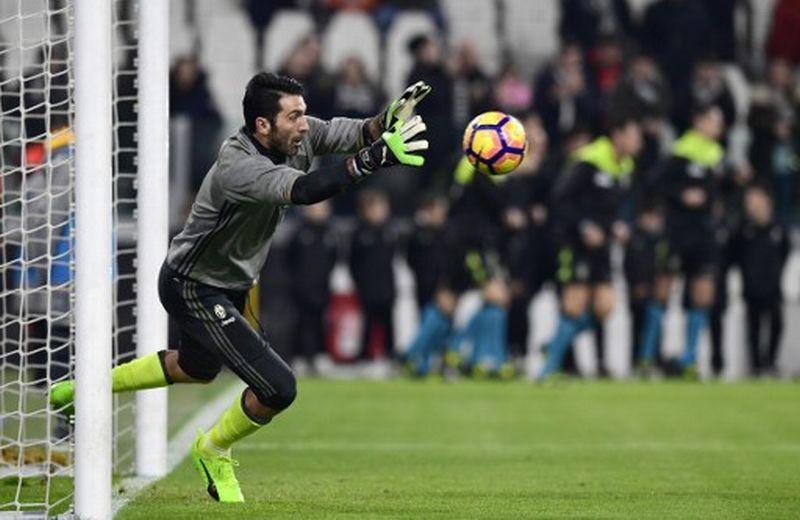 Penjaga gawang Juventus, Gianluigi Buffon (Foto: Miguel Medina / AFP)