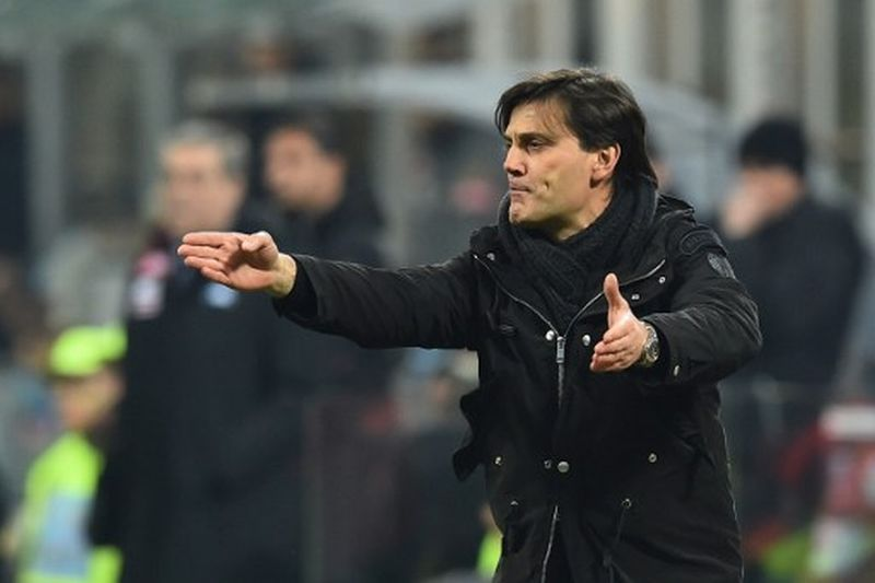 Vincenzo Montella, pelatih AC Milan (Foto: Giuseppe Cacace / AFP)