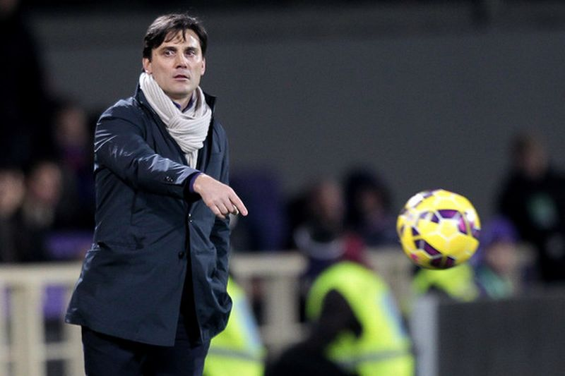 Pelatih AC Milan, Vicenzo Montella (Foto: Getty Images)