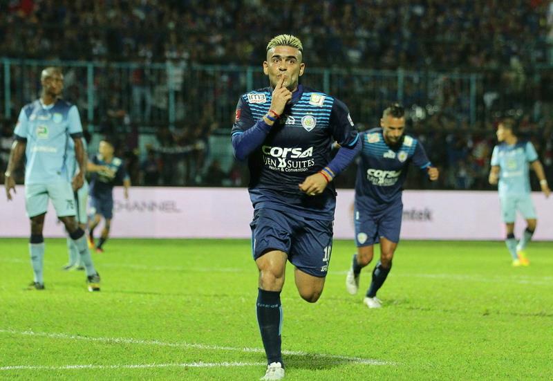 Cristian Gonzales, calon kuat pemain terbaik Piala Presiden 2017. (Foto: ANTARA/Ari Bowo Sucipto)