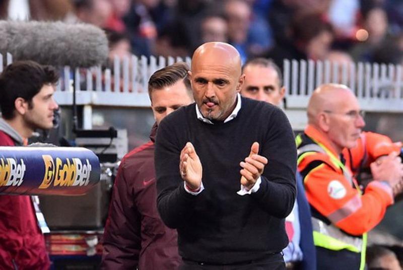 Spalletti diincar Juventus. (Foto: AFP/Giuseppe Cacace)