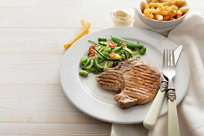 Makanan yang Anda Letakkan di Piring Menentukan Berat Badan Anda