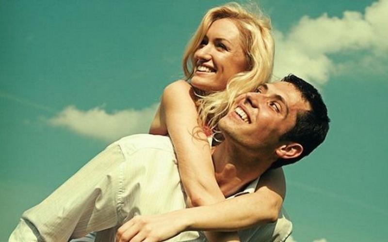Awas, Suami Mulai Puber Kedua! Cepat-Cepat Ajak Kencan Romantis