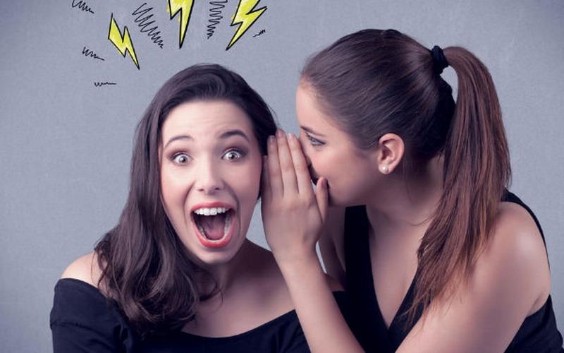 Bahaya! Bergosip Dibilang Menyenangkan! Para Suami, Awasi Ya Istrinya