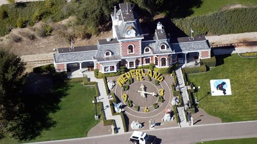 \Rumah Michael Jackson Dibanting Setengah Harga, Jadi Rp441,8 Miliar!\