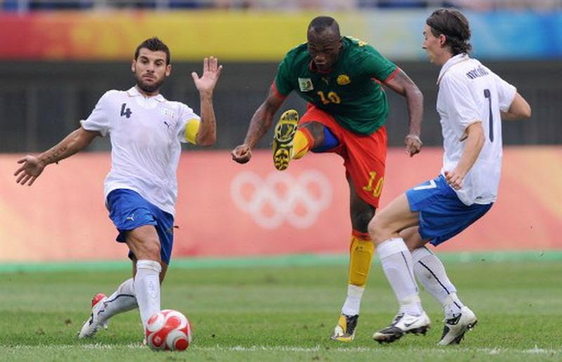 Bekamenga, skuad Timnas Kamerun yang pernah bela Persib. (Foto: AFP/Peter Parks)