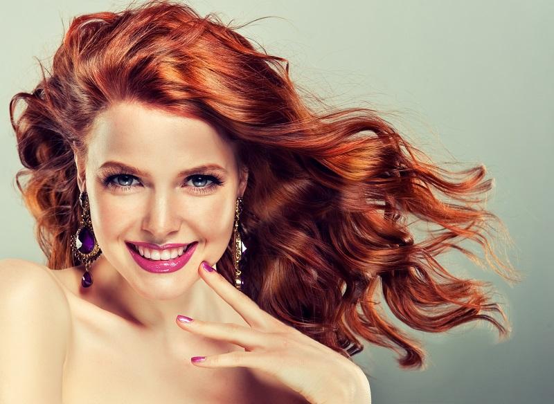 Cara Menata Rambut Keriting biar Makin Cantik
