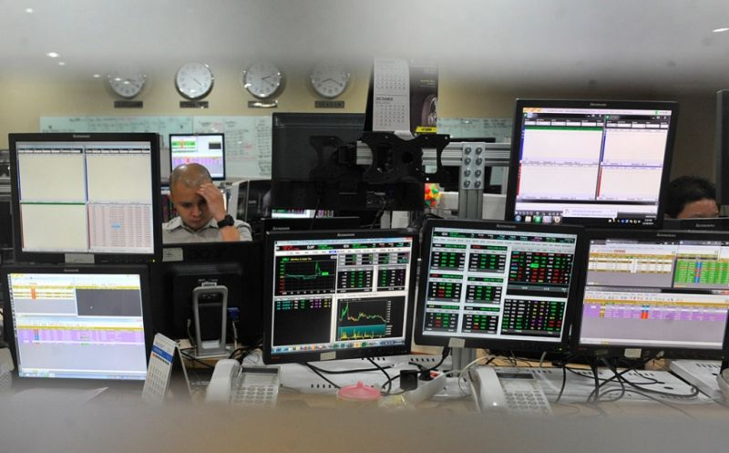 \BUSINESS HITS: Survei OJK Nyatakan Pasar Modal Kian Dikenal\