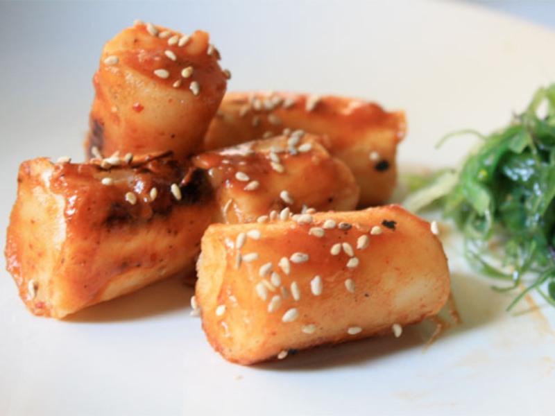 Kenali Apa Itu Rice Cake, Makanan Korea yang Sukses Menghipnotis Lidah Banyak Orang