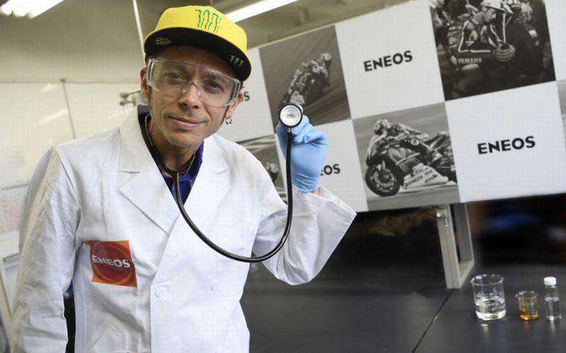 Pembalap Tim Movistar Yamaha, Valentino Rossi (Foto: Twitter resmi Yamaha)