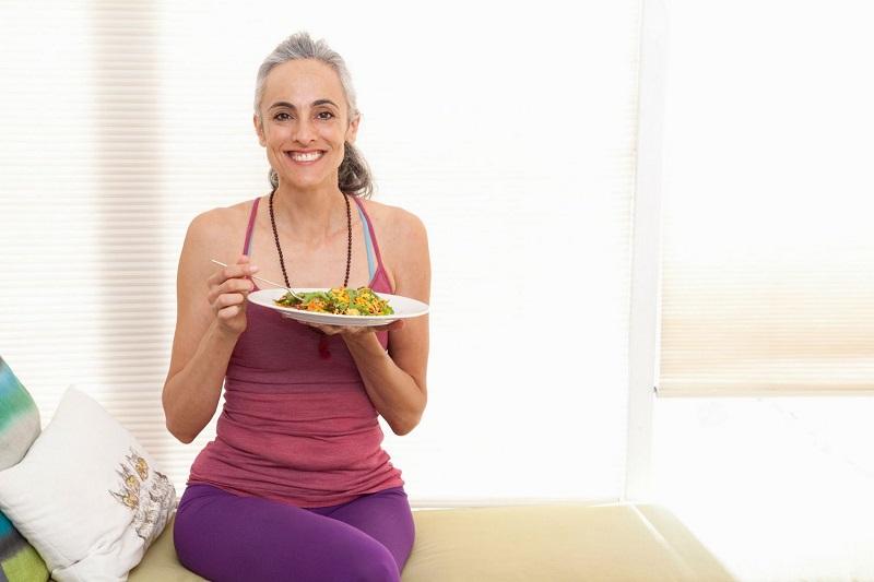 Jangan Pasrah! Begini Tips Menurunkan Berat Badan di Usia 40-an