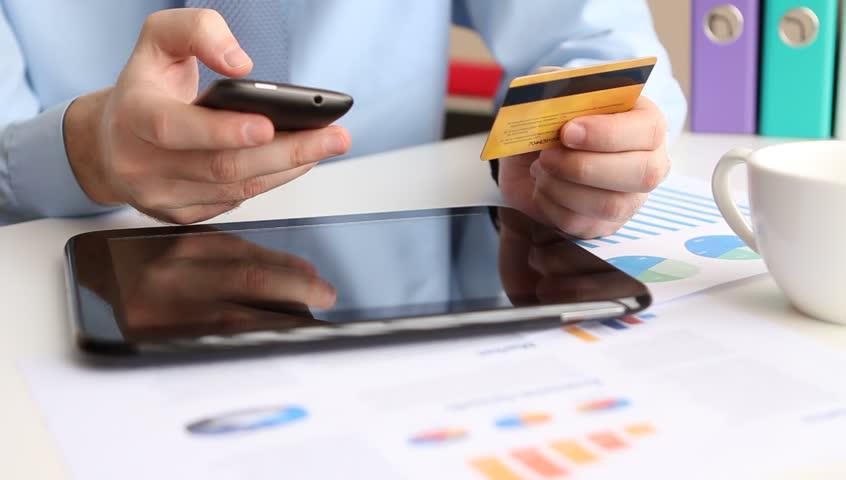 \OJK Dorong Bank Tingkatkan Layanan Digital\