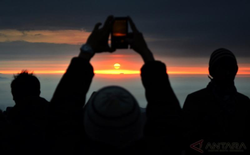 Titik Terjadinya Fenomena Equinox di Indonesia