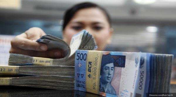 \Rupiah Rp13.294, Menguat Meski Tekanan Dolar AS Belum Mereda\