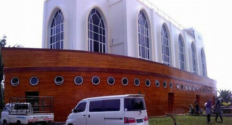Wah Ada Masjid Kapal Nabi Nuh di Semarang Lho