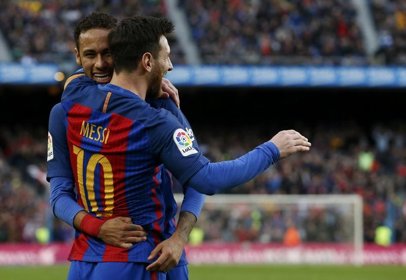 Messi akan perpanjang kontrak. (Foto: REUTERS/Albert Gea)