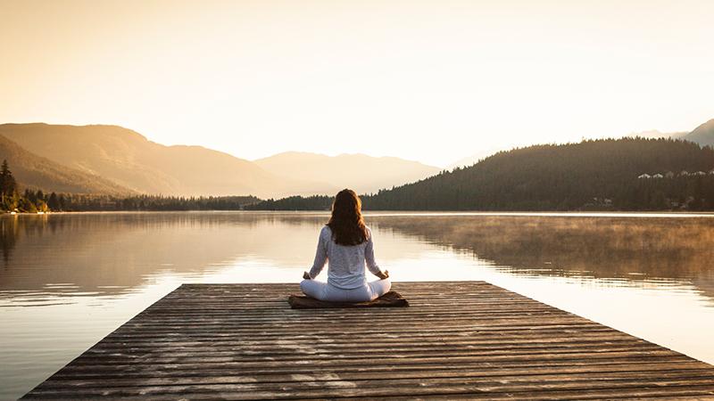 Selain Tingkatkan Kecerdasan Otak, Nih Manfaat Meditasi