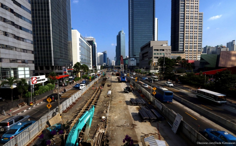 \BUSINESS HOT: Countdown Pengoperasian MRT Jakarta\