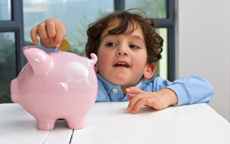 Yuk Moms, Buat Aktivitas seperti Ini agar si Kecil Gembira Belajar Kelola Uang